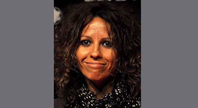 Photo of Linda Perry