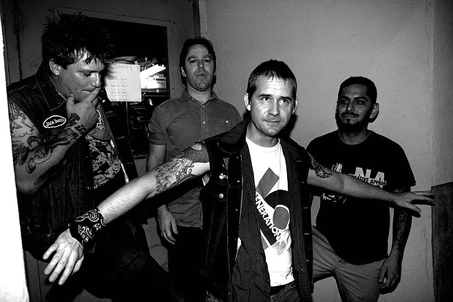 Photo of Dead on the Wire