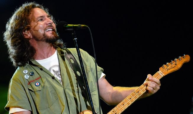 Photo of Eddie Vedder