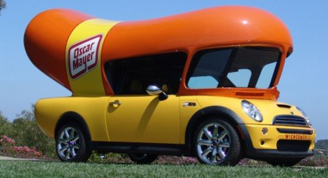 15 Mandela Effect Ex les That Will Make You Question Everything You Know moreover Oscar Mayer Wienermobile Tools Through San Diego furthermore Page 1627 moreover Party Fowl Giant Rubber Duck Is together with 211565 Oscar Mayer Hot Dogs. on oscar meyer weenie