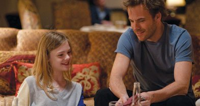 In Somewhere, the link between father and daughter (Stephen Dorff, Elle Fanning) casts a soft spell.