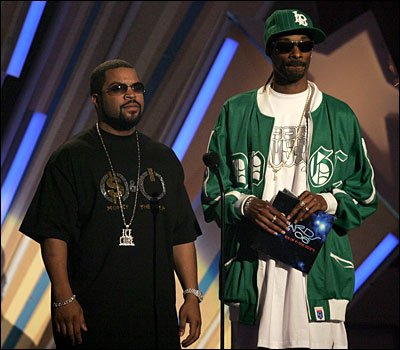 Ice Cube and Snoop had signed the stolen guitar.