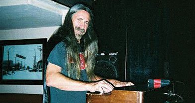 Rest assured, Mentals fans,  keyboardist Mighty Joe Longa's hair and hands are well intact.
