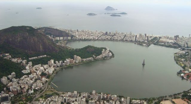 Rainy-day Rio from above