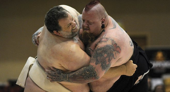 Kelly Gneiting (left) and Leon Arave at the U.S. Sumo Nationals