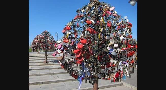 In Moscow, an old Russian tradition finds new expression: the padlocked trees of Luzhkov Bridge.