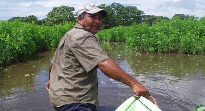 Kayak portage to Ometepe's Rio Isthian.