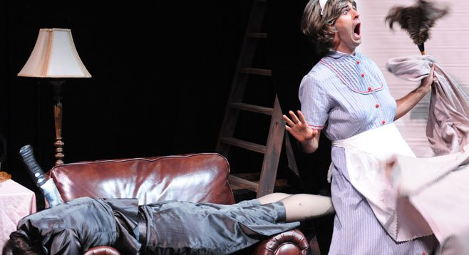 In The 39 Steps, Kelsey Venter and Jesse Abeel turn a Hitchcock classic into a madcap romp.