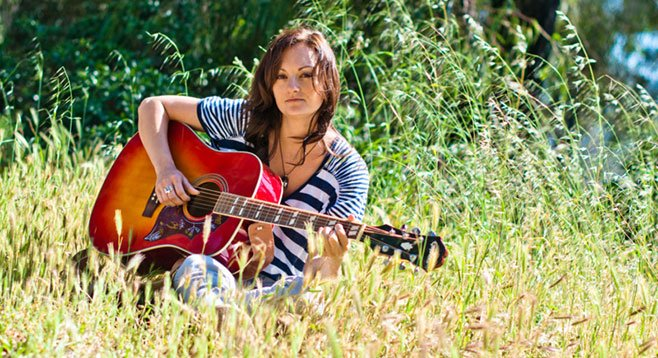 """San Diego has infected transplant Emily Drew's songwriting — """"More happy songs!"""""""
