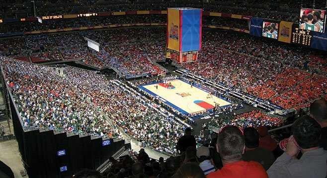 2005 Final Four, played in Edward Jones Dome in St. Louis