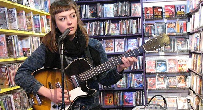 Soda Bar sets up electro-folk singer/player Angel Olsen Saturday night.