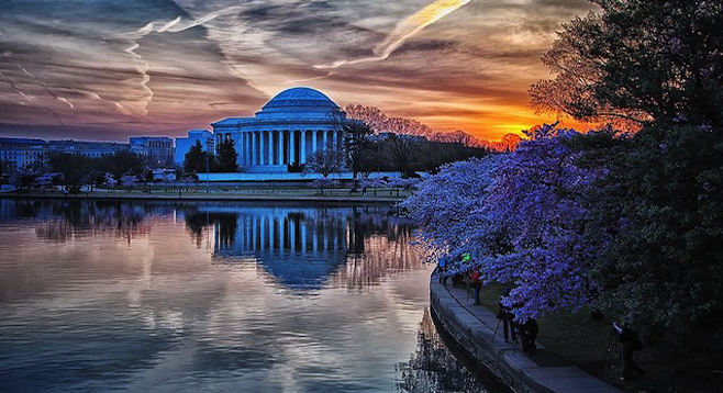 Sunrise at the Jefferson Memorial as photographers line up to get the best shot.