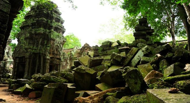 Ruins of an unidentified Cambodian temple near Siem Reap. (Stock photo)