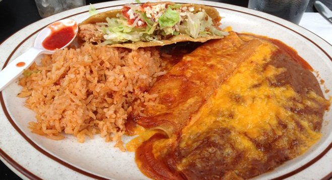 Ground beef taco and cheese enchilada combo