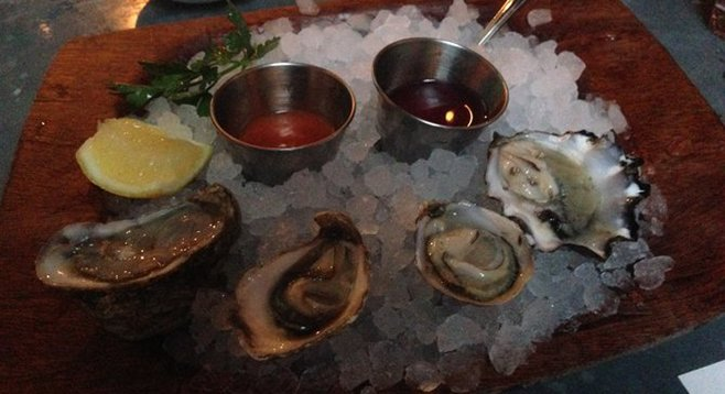 From left to right: Hood Canal, Kumamoto, Shigoku, and Blue point oysters. Herringbone.