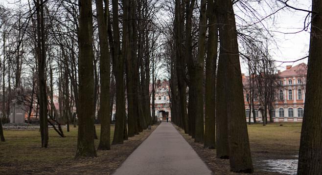 Entrance to Alexander Nevsky Monastery, resting place of Tchaikovsky and Dostoevsky, among others. (stock photo)