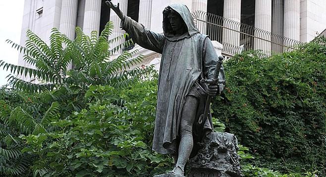 Roman statue of Cola di Rienzo.