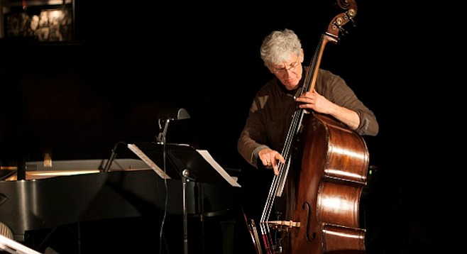 Mark Dresser played every NYC date without his bass, or full use of his shoulder.