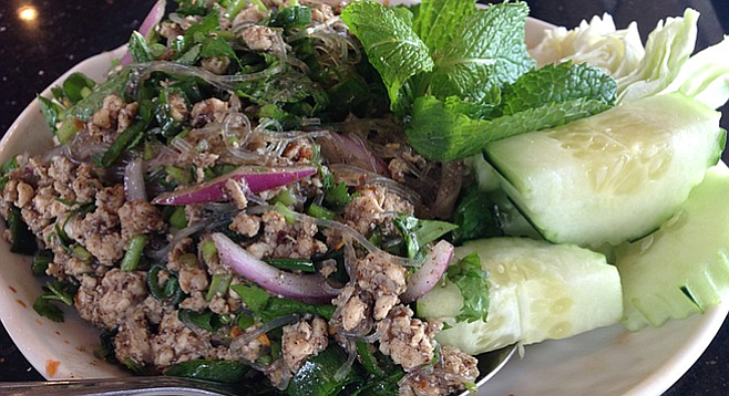 Larb woon sen, the perfect summer lunch