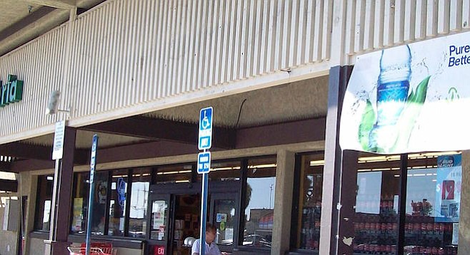 """Formerly Save-A-Lot, now """"Su Mercado"""" (""""your market"""")"""
