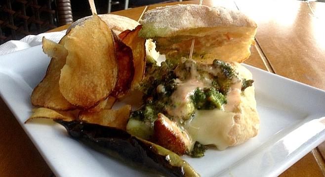 Chicken-pesto sandwich