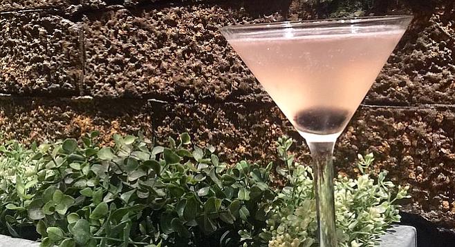The Stinging Martini at Vin de Syrah