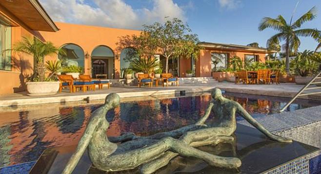 """Resort-inspired backyard"""