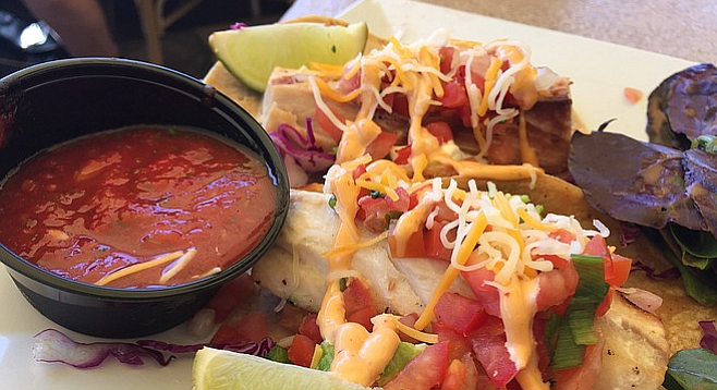 These fish tacos look better than they taste