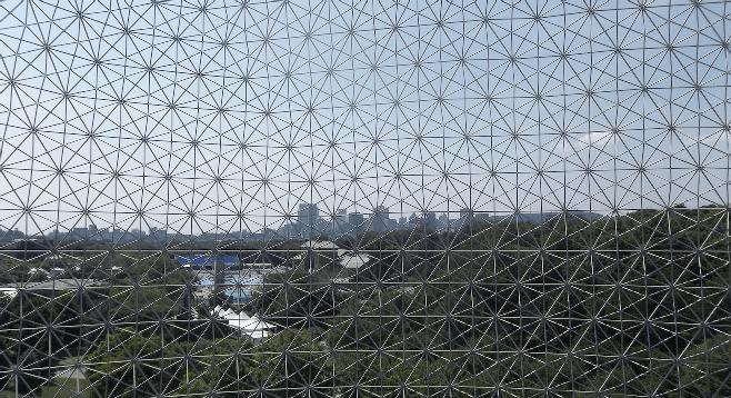 Montréal skyline through the 20-story-high Biosphere dome.
