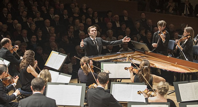 Leif Ove Andsnes and The Mahler Chamber Orchestra.