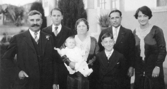 From left: Caesare, Angelo, Matilda, Mary (baby), Lorenzo (in front), Joseph Ferraro, Mary Ferraro (Madalena), c. 1929