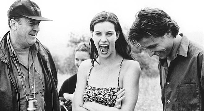 Bernardo Bertolucci (l) and Liv Tyler on the set of Stealing Beauty.