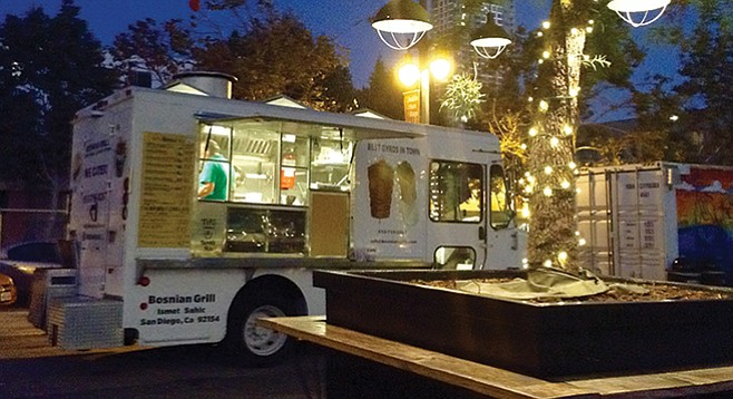 Bosnian Grill Food Truck on evening visit to Quartyard