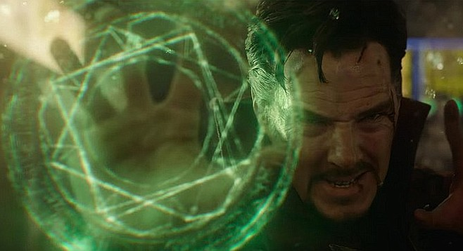 Doctor Strange: Watch in awe as Master of the Mystic Arts Benedict Cumberbatch squares the circle!