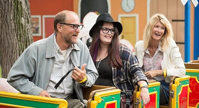 Woody Harrelson, Isabella Amara, and Laura Dern in Wilson.