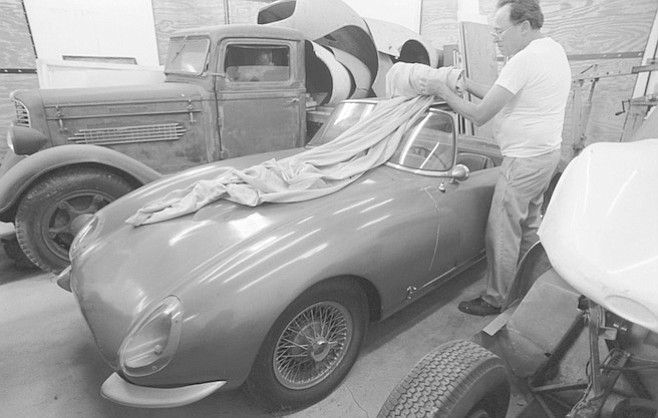 """Fred Puhn with a Santee: """"At Del Mar they're coming out on the straightaway, and he pulls out and accelerates to pass, and pop !— the acceleration threw all the oil away from the oil pump and it blew up."""""""