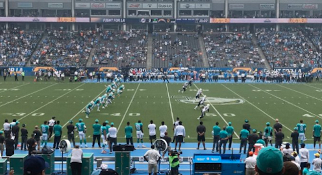 """...#Chargers can't even [get] fans to show up to a 27,000 seat high school stadium!"" tweeted a game-goer"
