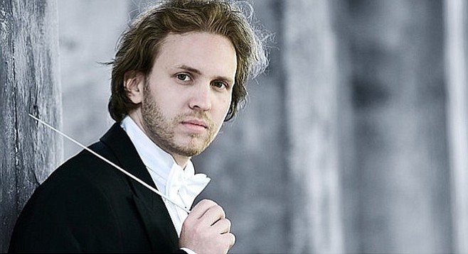 Conductor David Danzmayr whipped the orchestra up into a frenzy.