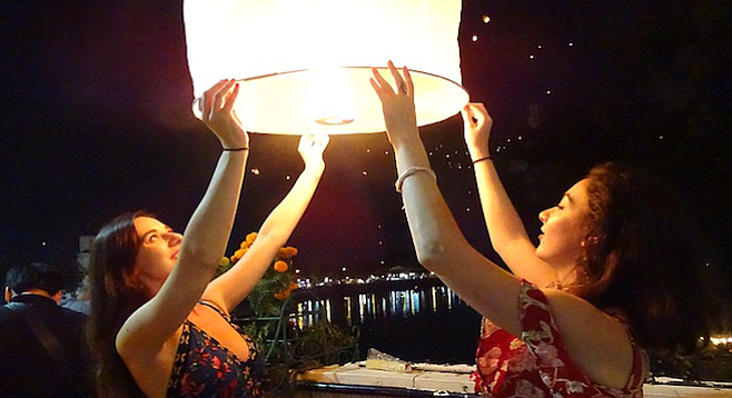 Chiang Mai Lantern Festival, 2017.