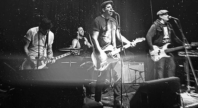 The Petty Saints rockin' that hard-edged Americana.
