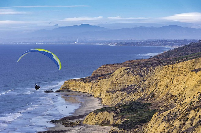 San Diego's paragliding community continues to reel from the loss of two people many considered friends.