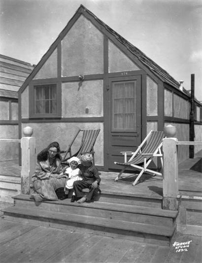 Ocean Village Hotel In Ocean Beach, 1935