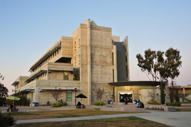 Mesa College - Image by Derek  Plank