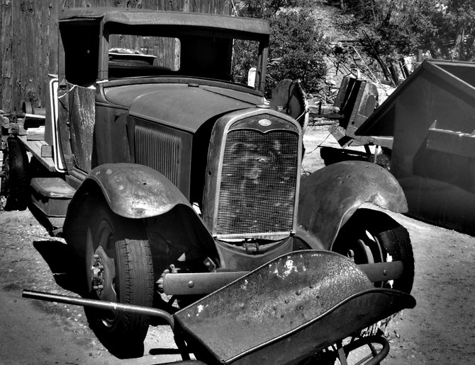 An old truck at the old goldmine in Julian, CA