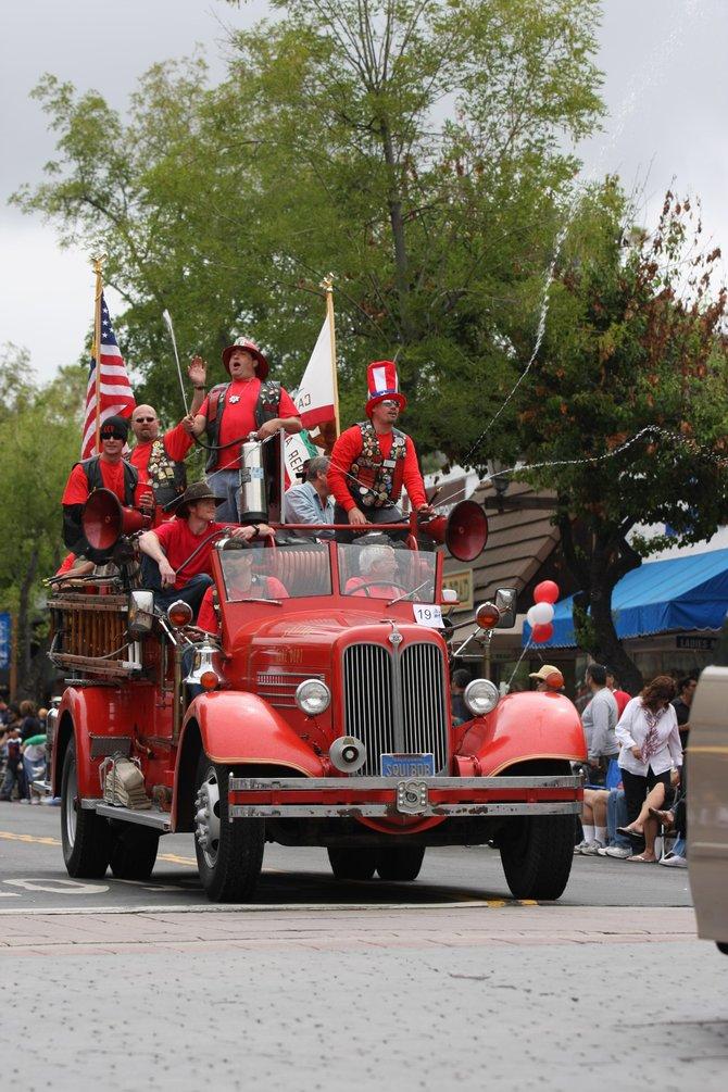 La Mesa Parade. LMFD  5-30-09