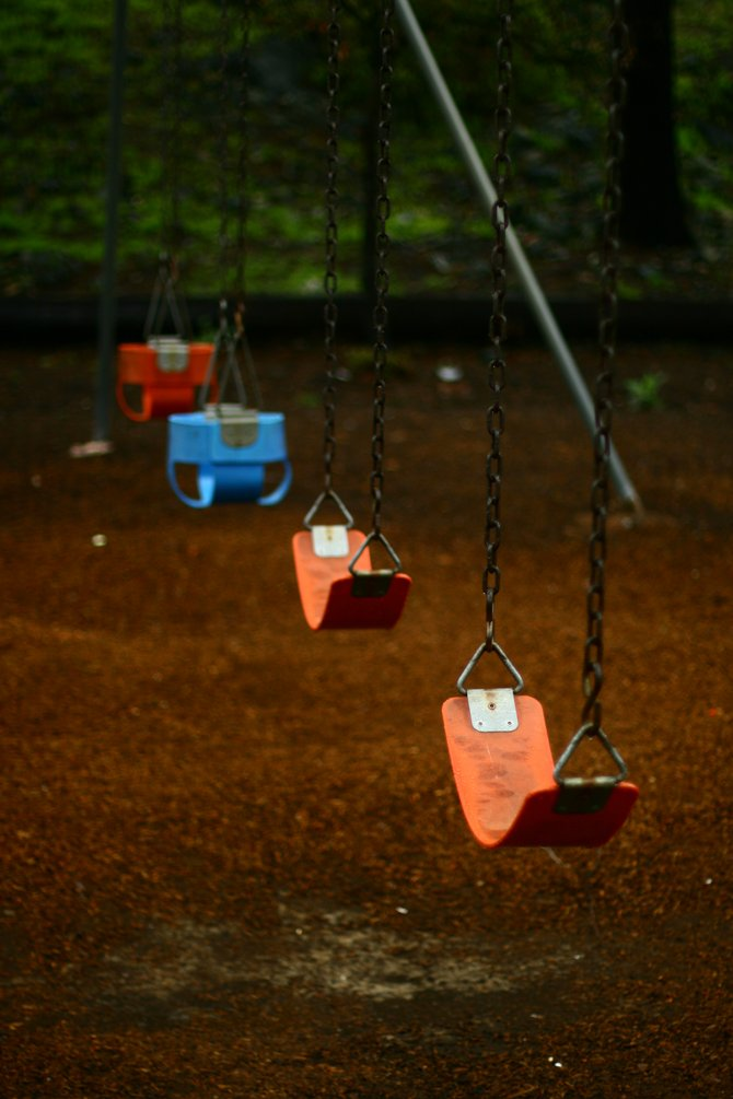 Lonely swings at Ridgewood Park
