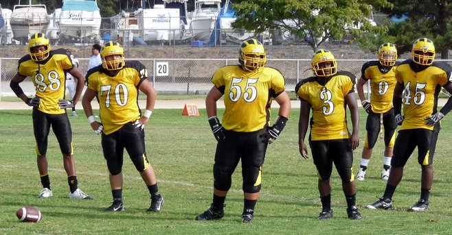 2009 High School Football Photos photo