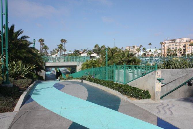 the walkway in oceanside