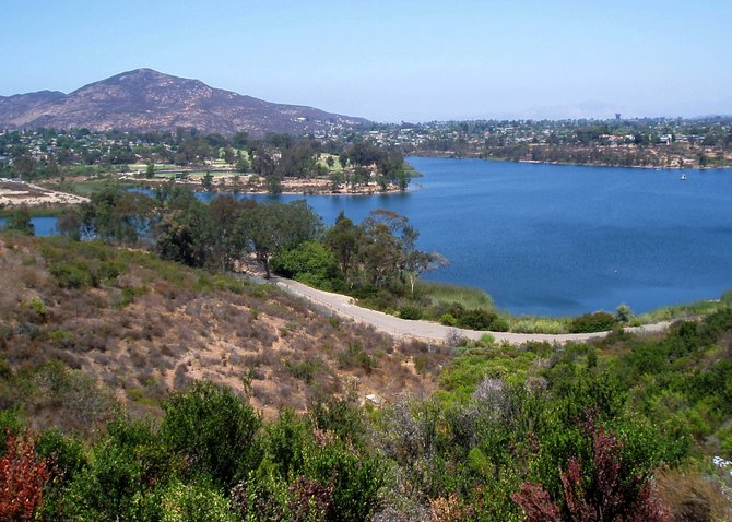 This lovely view of Lake Murray in La Mesa was taken from the hills of Del Cerro. I came upon this spot when I was searching for a good vantage point to photograph the back side of the Lake Murray dam. You really can't get a decent picture without getting off of the road and venturing into the canyon below the dam. When I'm feeling more adventurous, I'll give that a try.