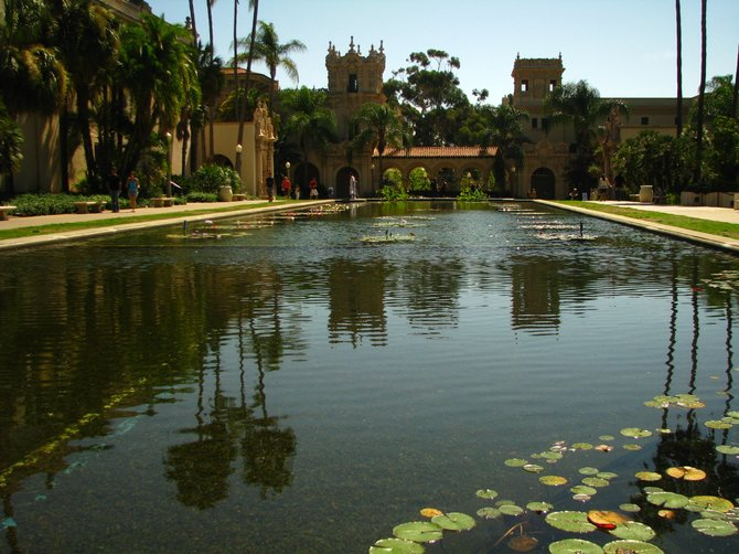 Reflecting pool in balboa park
